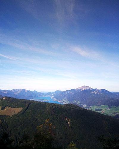 Wandern Bad Ischl mit Hund. Vom Wolfgangsee nach Ischl, Salzkammergut, Österreich